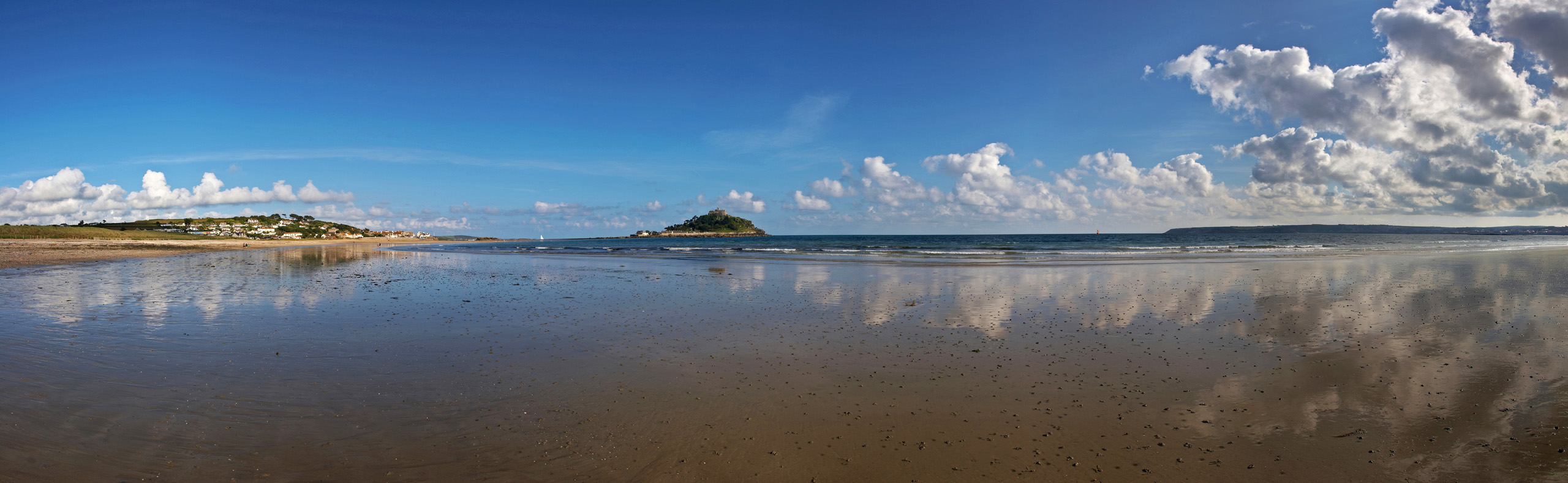 Marazion and St Michael's Mount Ultra Wide Panorama